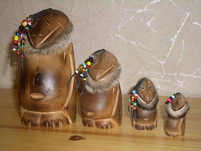 Кутх - ворон, по легендам - основатель Камчатки, главный бог коренных народов севера.